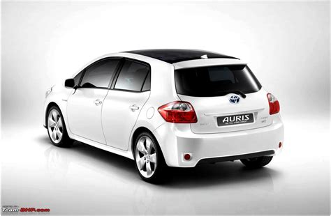 toyota company cars toyota auris hsd greencarguide co uk electric cars and