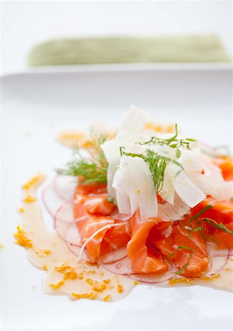 cuisine gastrique king salmon belly crudo radish and fennel slices