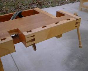Workbench Plans - DIY Adjustable Height Wood Workbench Plans