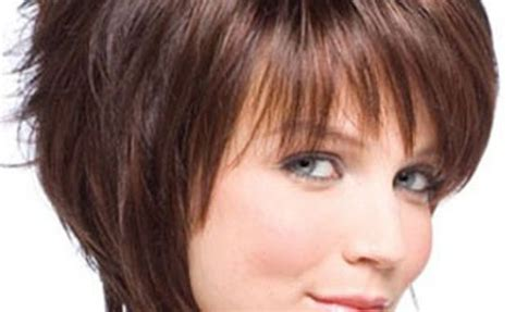 Short Haircuts For Women For Round And Oval Face