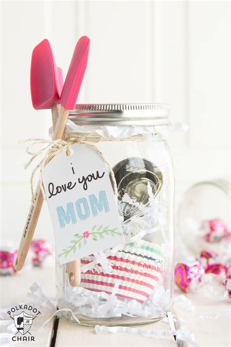 mothers day baskets 43 diy mothers day gifts handmade gift ideas for