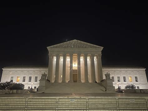 Reversing several lower courts, justices allow execution ...