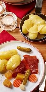 Schweizer Raclette Gerät : die besten 25 schweizer raclette ideen auf pinterest raclette grill rezepte ideen raclette ~ Orissabook.com Haus und Dekorationen