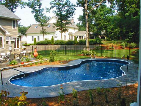 pool landscaping design ideas pool fence ideas for beauty privacy and safety homestylediary com