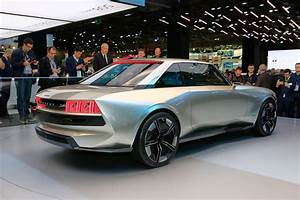 Peugeot E Concept : peugeot e legend concept mesmerizes crowd with its retro ~ Melissatoandfro.com Idées de Décoration