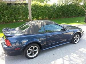 2003 Ford Mustang Gt Coupe 2 - Door Convertible 4. 6l