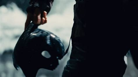 dark knight rises trailer screencaps show   bad    bruce wayne kotaku australia