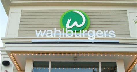wahlburgers supermarketnews