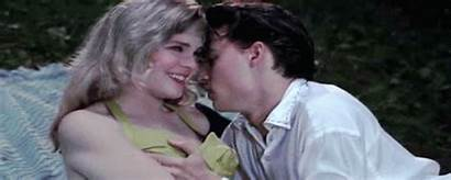 Kiss Johnny Feel Depp Cop Kisses Locane