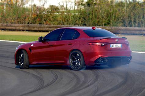 Alfa Romeo 2019 : 2019 Alfa Romeo Giulia/giulia Quadrifoglio Release Date