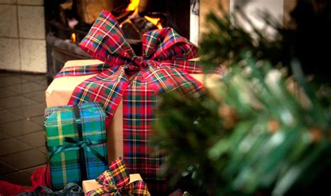 christmas gifts and traditional quality cashmere tartans