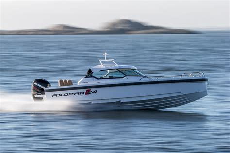 Axopar 24 Hard Top » Axopar Boats
