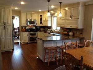 shenandoah mckinley maple cream glaze traditional With kitchen cabinets lowes with 13 1 stickers