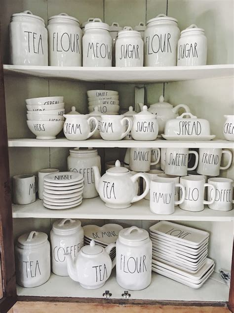 tips  finding rae dunn pottery   year  home