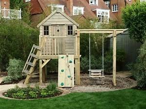 la cabane de jardin pour enfant est une idee superbe pour With plan cabane de jardin enfant