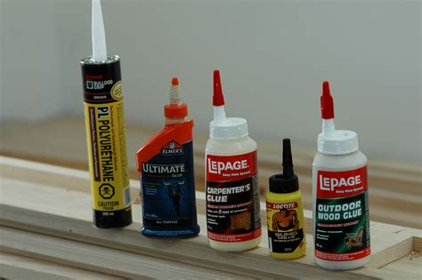 Exterior Adhesives: Choosing the Right Outdoor Glue