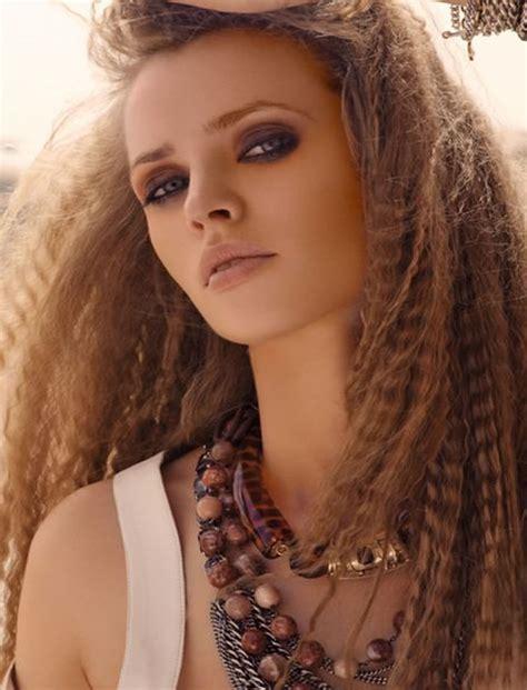 cute crimped hairstyles  long hair   crimp