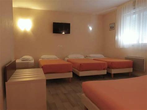 hotel chambre 5 personnes chambre pour 5 ou 6 personnes photo de l 39 azur hotel