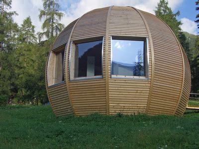 maison en bois ronde