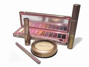 Lakme Plete Makeup Kit Box - Life Style By Modernstork.com
