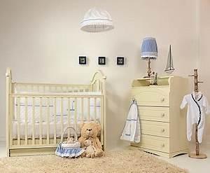 Lumiere Chambre Bébé : une peinture cru dans la chambre b b ~ Teatrodelosmanantiales.com Idées de Décoration