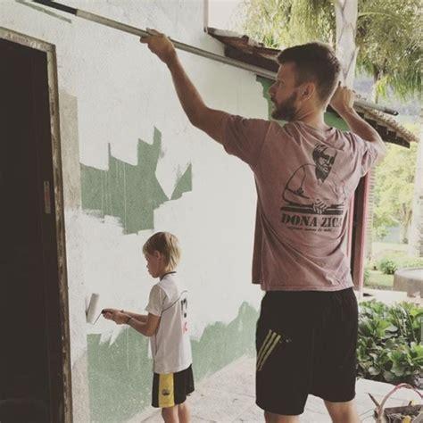 Reflexão em Movimento: Rodrigo Hilbert constrói casa para