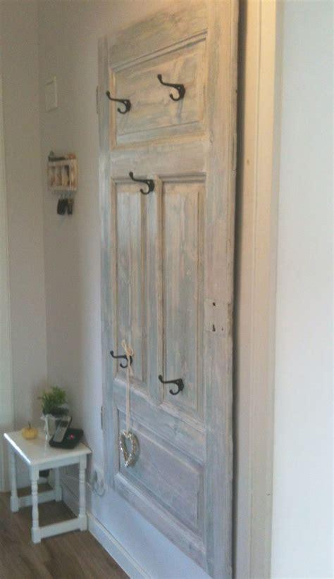 Alte Tür Als Garderobe garderobe aus alter t 252 r deko in 2019 garderoben aus