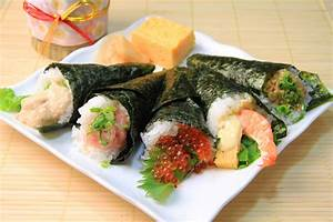 How to Easily Throw the Best Temaki (Hand-Rolled) Sushi
