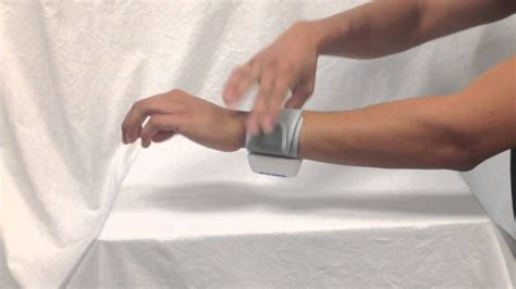 How to Use Wrist Blood Pressure Monitor - YouTube
