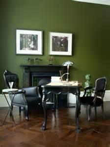 graues schlafzimmer 17 ideen zu schwarze wände auf dunkel gestrichene wände schwarze schlafzimmer und