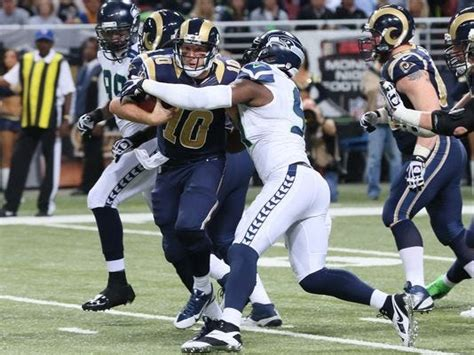 seahawks stop rams surge  goal   final drive