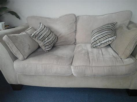 Two Seater Sofa And Cuddle Chair In Eastbourne