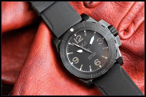 MATWATCHES | AG6 2 C3 FURTIVE