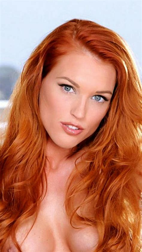 Beautiful Sexy Redheads Oral Sex