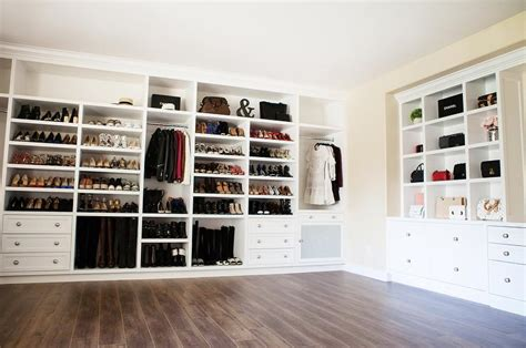 walk in closet nook with built in bag shelves