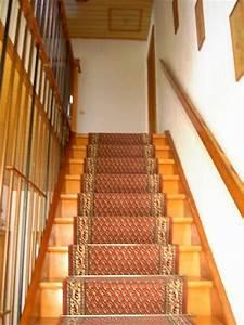 Treppe Geölt Oder Lackiert : bau de forum treppen rampen leitern 11687 treppe gebeizt oder lackiert ~ Markanthonyermac.com Haus und Dekorationen