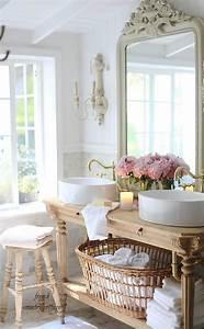 Runde Tischdecken Landhausstil : runde waschbecken und ein verzierter spiegel 30 ~ Watch28wear.com Haus und Dekorationen