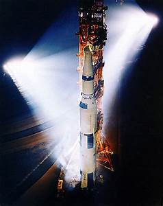 Apollo 13 Rocket Launch - Pics about space