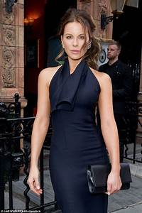 420 best Kate Beckinsale style images on Pinterest | Faces ...