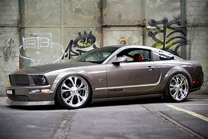 10 Great Reasons Why Custom Wheels Make a Mustang - The Mustang Source