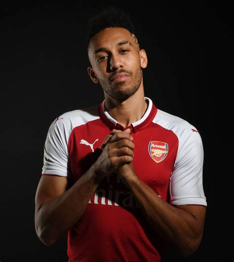 Pictures: Pierre-Emerick Aubameyang in Arsenal kit ...