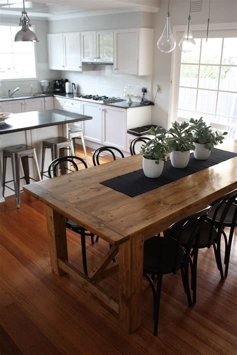 rustic dining table pairs  bentwood chairs bentwood