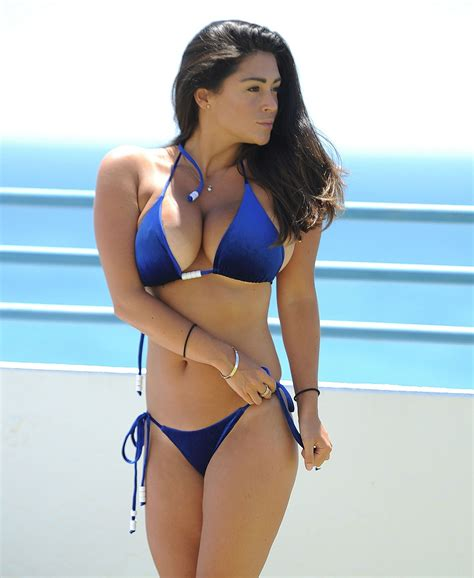 Casey Batchelor Sexy Bikini 16 Photos The Fappening