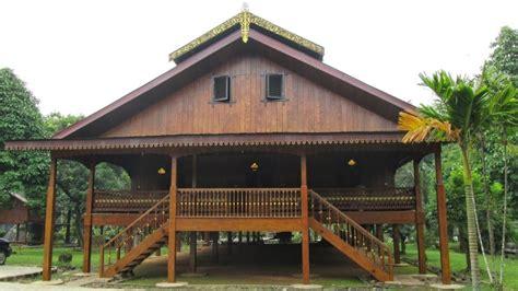 contoh desain rumah adat gorontalo rumah dulohupa