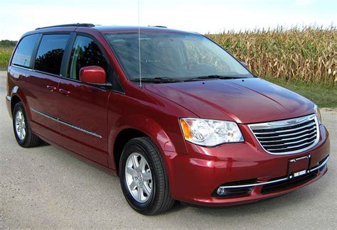 Lease A Chrysler Town And Country by 2012 July