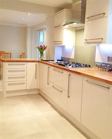 kitchen with backsplash units oak worktops home improvements 6549