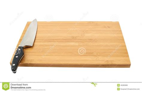 planche cuisine bois couteau de cuisine en acier sur la planche à découper