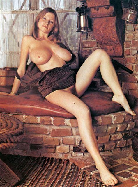 Roberta Pedon Nude Pics Página 1