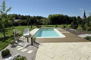 amenagement autour d une piscine finest amnagement duune With ordinary amenagement autour d une piscine 0 creation dun jardin et amenagement autour dune piscine