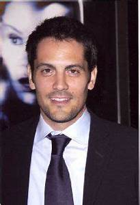 Who is Michael Landes dating? Michael Landes girlfriend, wife